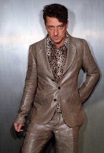 jeremy shiny suit 1